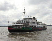 A Mersey Ferry Approaches a Liverpool Dock — Stock Photo