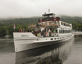 A Shot of the Swan Cruise Boat on Lake Windermere — Stock Photo