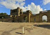 A View of Chatsworth House Entrance, Great Britain — Stock Photo