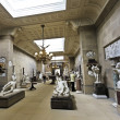 Foto Stock: View of Chatsworth Sculpture Gallery, England