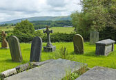 An Old English Graveyard on a Hill — Stock Photo