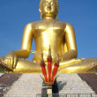 Big Golden Buddha statue in Thailand temple — Stock Photo #32023135