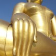 Big Golden Buddha statue in Thailand temple — Stock Photo #32023371