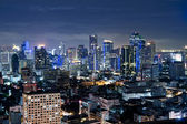 City town at night in Bangkok, Thailand — Foto de Stock
