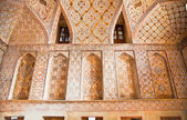 Oriental ornamented wall inside of Ali Qapu Palace, Esfahan — Stock Photo