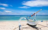 Fisherman boat on beach Gili island, Indonesia — Stock Photo
