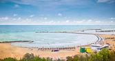 Bella spiaggia di sabbia sul mar nero, constanta, romania. — Foto Stock