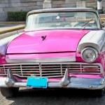 klassische Ford in Havanna, Kuba — Stockfoto