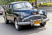Classic american car in Havana. Cuba. — Stock Photo