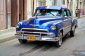 Klassische oldsmobile in havanna. kuba, — Stockfoto