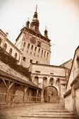 Medeltida klocktornet på sighisoara citadel i sighisoara, tran — Stockfoto