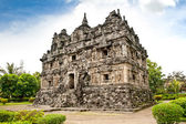 Candi Sari buddhist temple on Java. Indonesia. — Foto de Stock