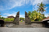 Entrance in Tanah Lot Temple, the most important hindu temple of — Stock Photo