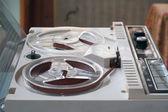 Los años sesenta la cinta grabadora — Foto de Stock