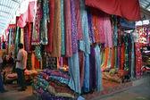 Mercado de seda no quirguistão — Fotografia Stock