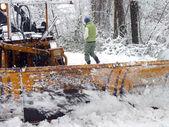 扫雪开放路 — 图库照片