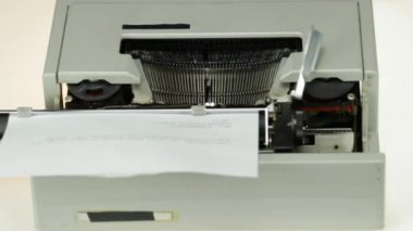 Old typewriter detail — Vídeo Stock