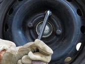 Thighten bolts — Foto Stock