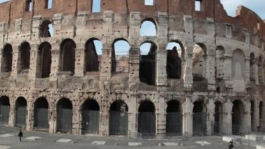 Colosseum detail, Flavian amphitheater in Rome, Italy — Stock video