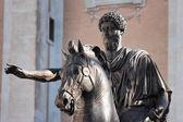 马可 · 奥雷利奥,罗马,意大利的雕像 — 图库照片