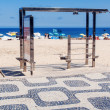 Chin-up bar on Ipanema beach in Rio de Janeiro — Stock Photo