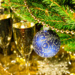 Christmas decoration with glasses of champagne — Stock Photo