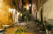 Old courtyard in Rome — Stock Photo