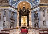 Interieur van de st peter s basiliek in rome — Stockfoto