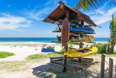 Pranchas de surf na praia no rio de janeiro — Foto Stock