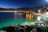 Night view of Ipanema in Rio de Janeiro — Stock Photo
