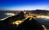 Night view of Botafogo and Copacabana beach in Rio de Janeiro — Stock Photo