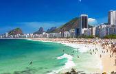 Pláž Copacabana v rio de janeiro, Brazílie — Stock fotografie