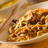 Chinese food - Beef lo mein — Stock Photo
