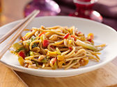 Spicy thai noodles — Stock Photo