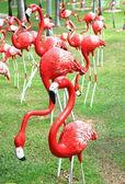 Plameňáci socha — Stock fotografie