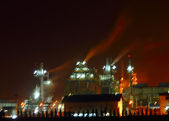 Oil refinery at night — Stock Photo