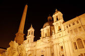Night view of Santa Agnese in Agone at Piazza Navona. Roma (Rome), Italy — Photo