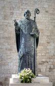 Statue of Saint Nicholas. — Stock Photo
