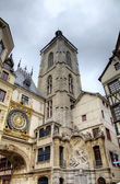 Astronomic clock and fountain at Rue du Gros-Horloge (1389). Rouen, France — Stock Photo