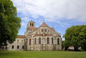 Basilique  of St. Mary Magdalene in Vezelay Abbey. Burgundy, France — Stock Photo