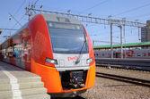 "Speed electric train Siemens Desiro RUS ""Lastochka"" (Moscow - Nizhny Novgorod) at Kursky Railway Station. Moscow, Russia — Stock Photo"