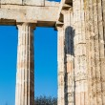 Pillars of ancient Zeus temple — Stock Photo #43134435