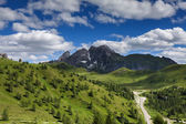 Montañas dolomitas en verano — Foto de Stock