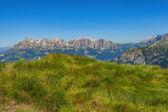 Montagna dolomiti in estate — Foto Stock