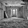 Beautiful, forgotten and destroyed house — Stockfoto