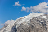 Summer - Alpine peaks in the snow — Stock Photo