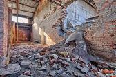 Antigua fábrica de ladrillos, abandonados y olvidados — Foto de Stock