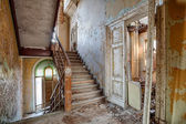 Beautiful, forgotten and destroyed house — Foto de Stock