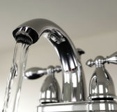 Water running from faucet — Stock Photo