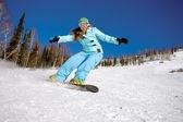 Snowboarder doen een teen kant snijden — Stockfoto